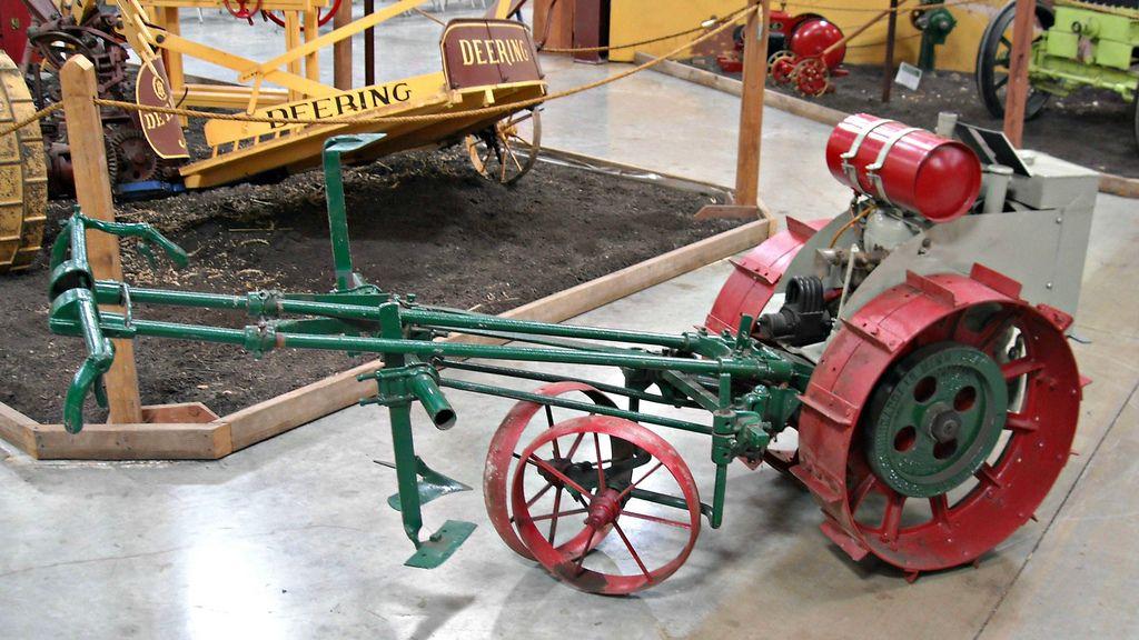 1918 Beeman Co Garden Tractor 1 Tractors Garden Tractor Homemade Tractor