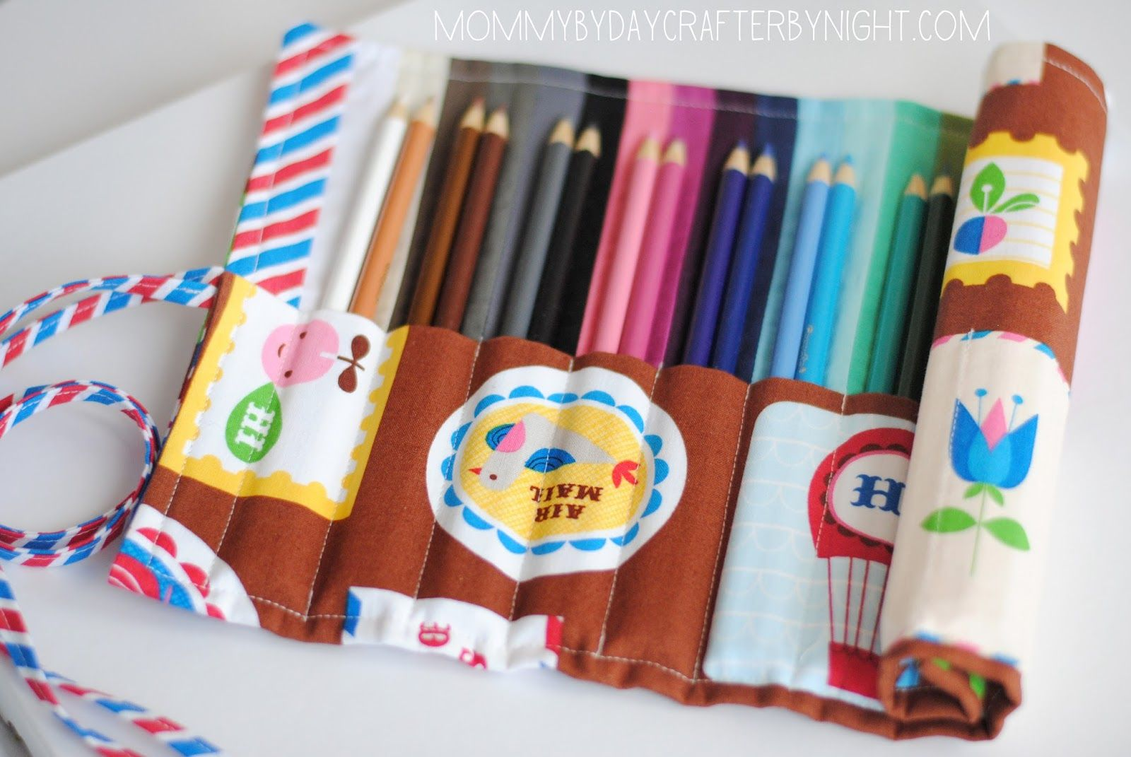 Colored pencil roll up case pencil roll roll up pencil