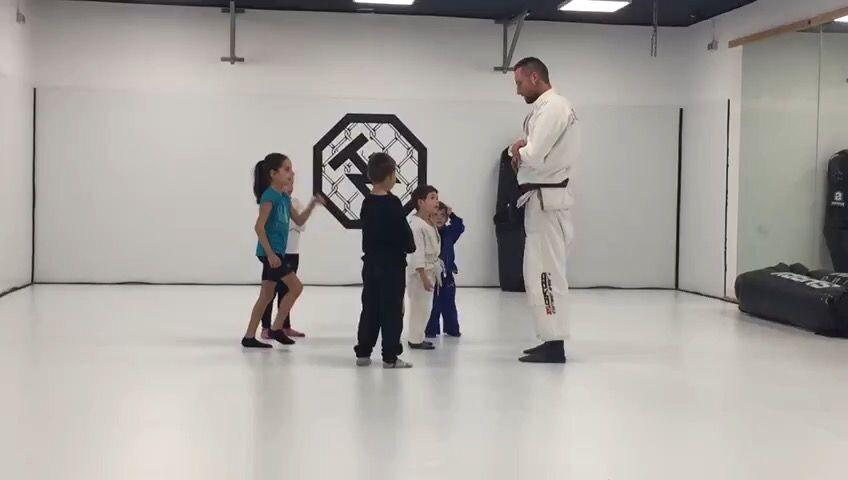 Jiu Jitsu Brasileño Infantil Jiujitsuencastelldefels Tizonafightclub Mma Martialarts Gym Artesmarciales Bjj Bjjk Jiujitsu Jiu Jitsu Jiu Jitsu Brasileño