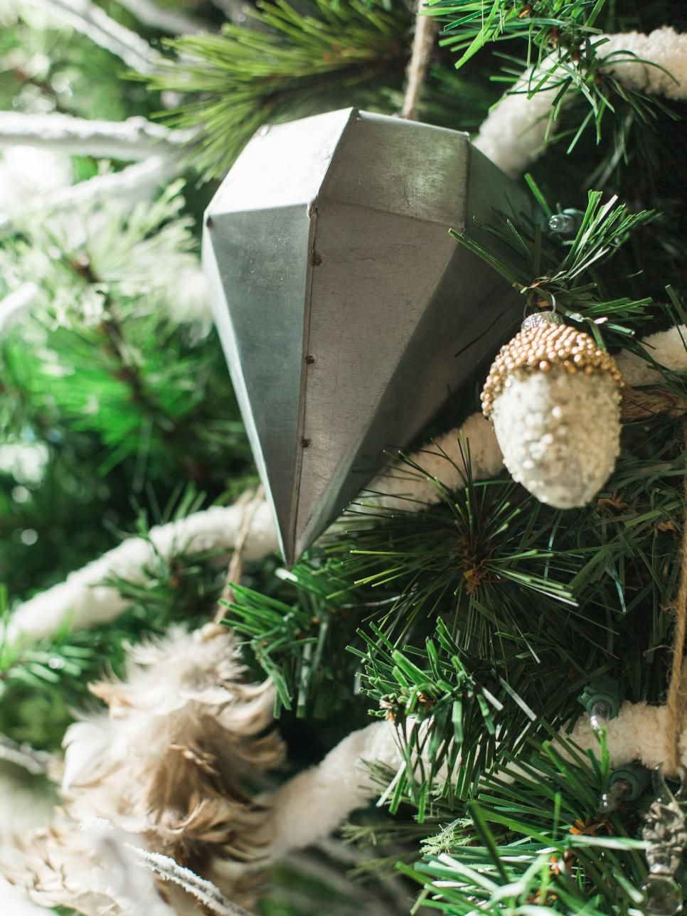 Modern Holiday Color Palette Ideas | Holidays, Christmas themes and ...