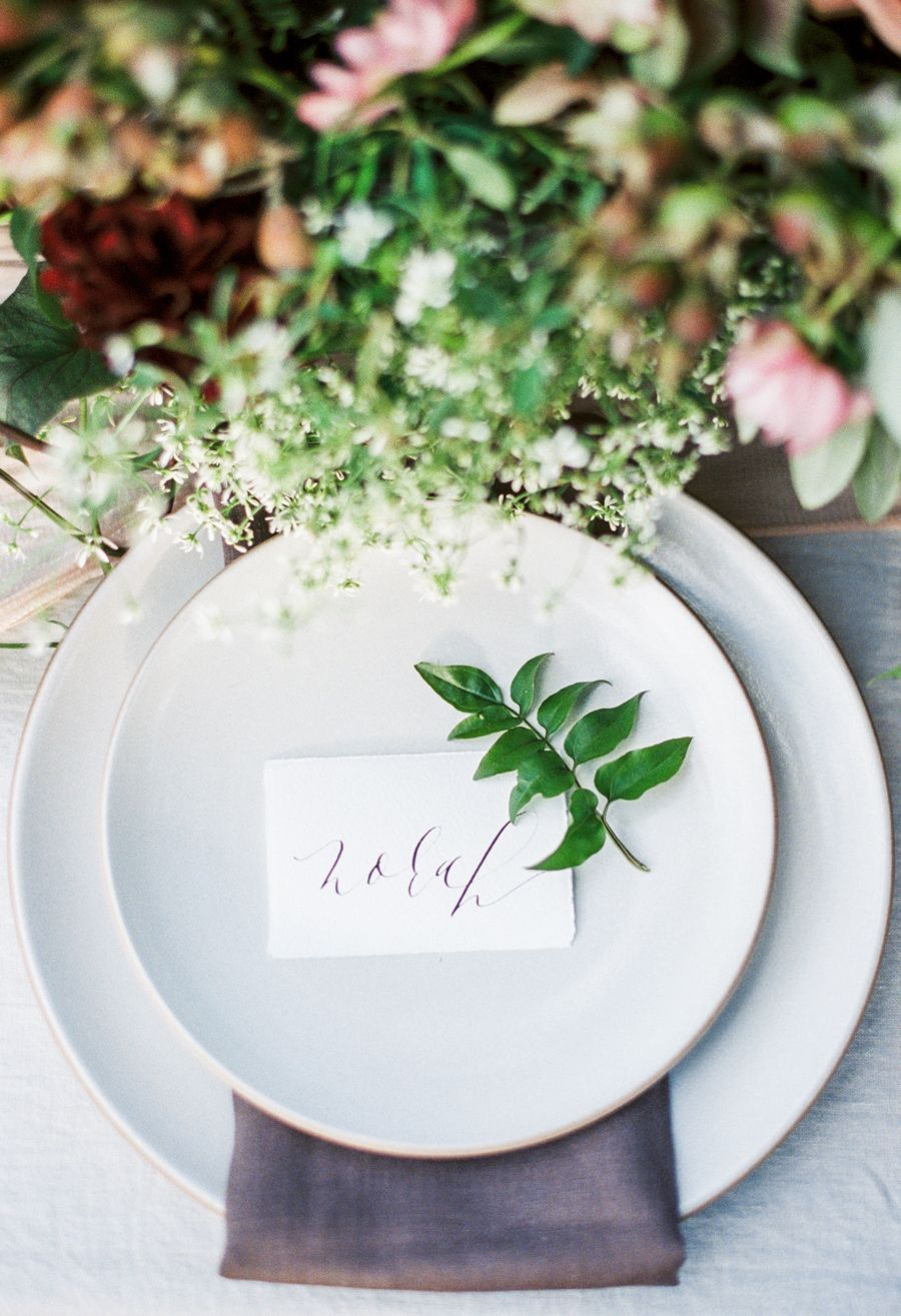 Wedding Table Settings that Make for a Beautiful Reception