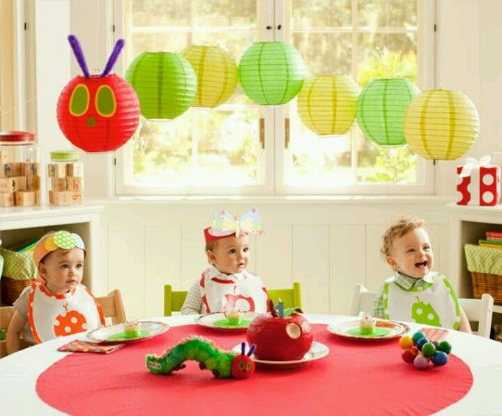 hungry caterpillar birthday - Love this idea for a classroom display too