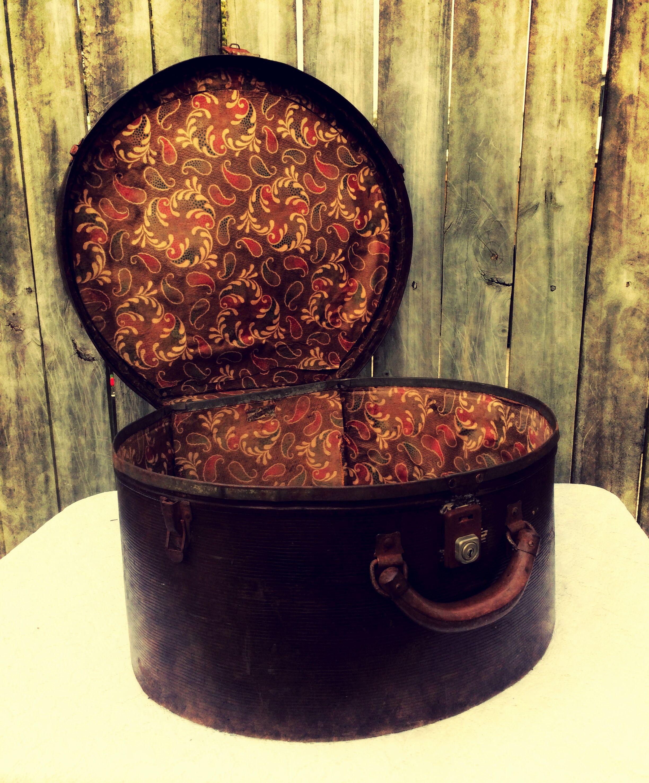 Vintage Hat Box Pyramid Brand Treasured Collections Au Vintage Hat Boxes Vintage Suitcases Hats Vintage