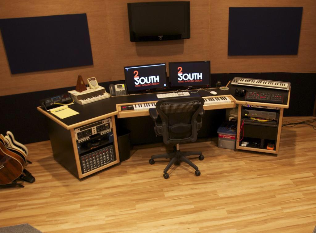 kk audio composer desk custom