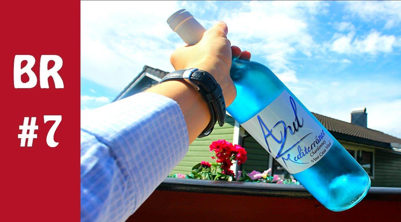 Blue Wine Review Vino Azul Review Youtube Wine Reviews Fiji Water Bottle