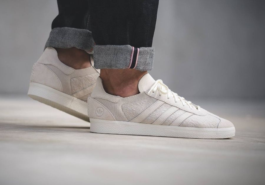 avis basket Wings + Horns x Adidas Gazelle Primeknit 'Off White'