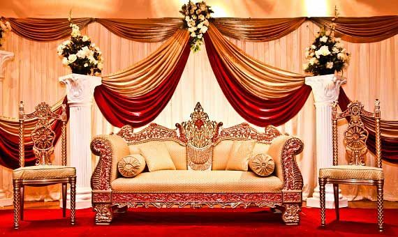 Wedding stage decoration is one important thing that should be carefully  defined before the wedding day. Wedding stage decoration is one important thing that should be