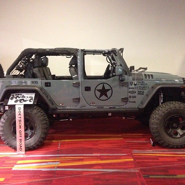 1 Of 5 Jeeps We Did For Doetschoffroad Rhinolinings Sema2013