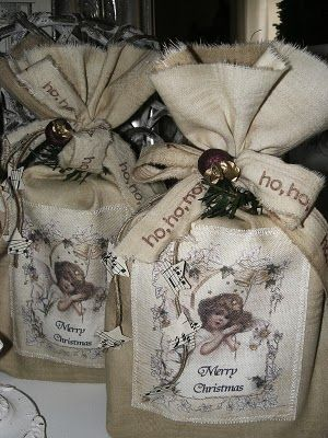 Gift bags, vintage style.