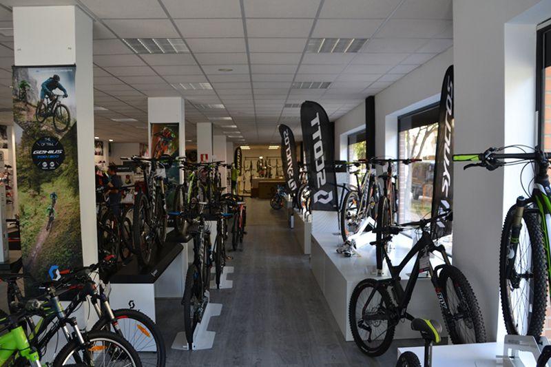 Cyvlon Bike Scott Concept Store Http Almaarquitectura Com Cyclon