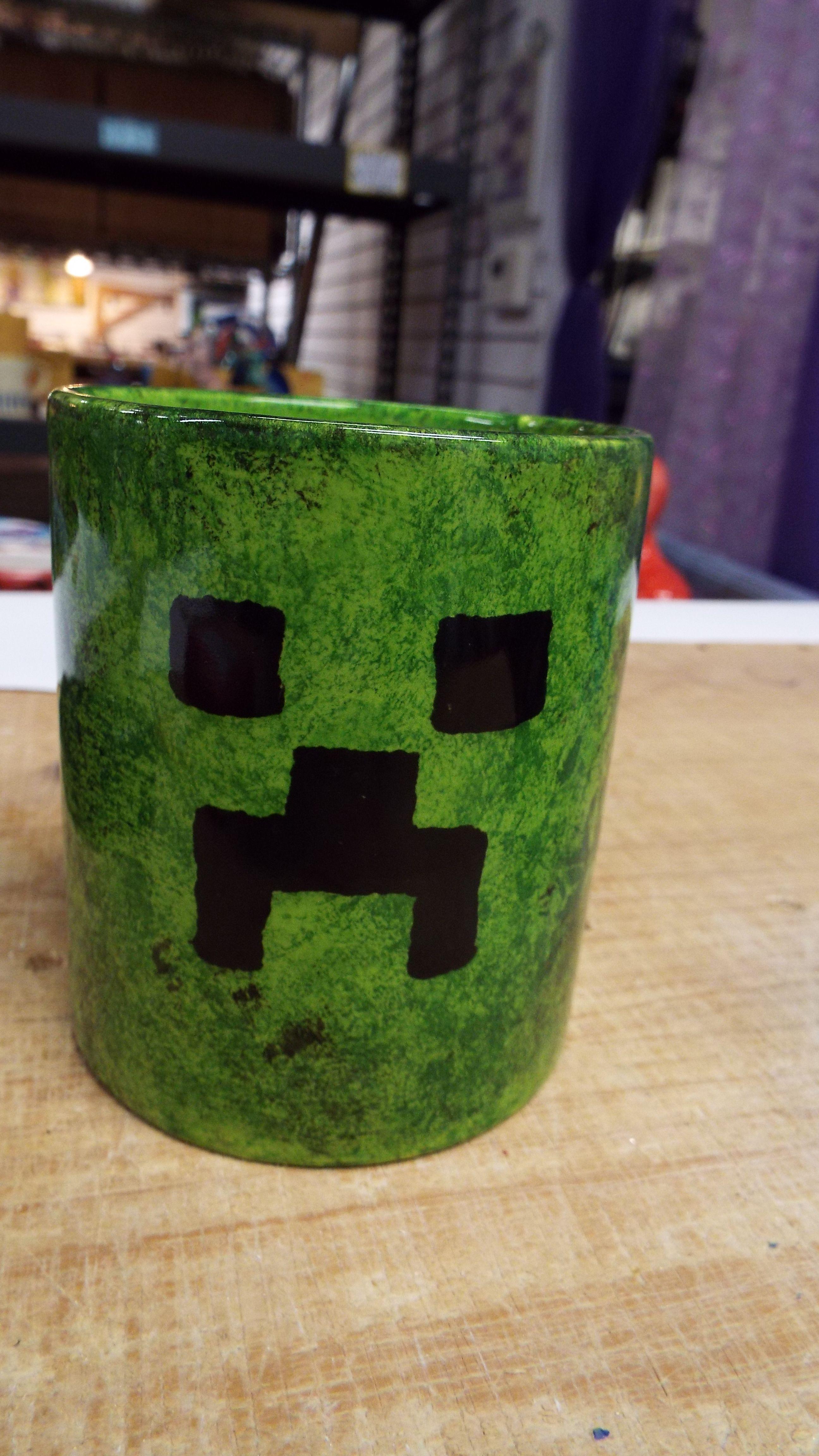 Minecraft mug? Correct me if I'm wrong! Painted mugs