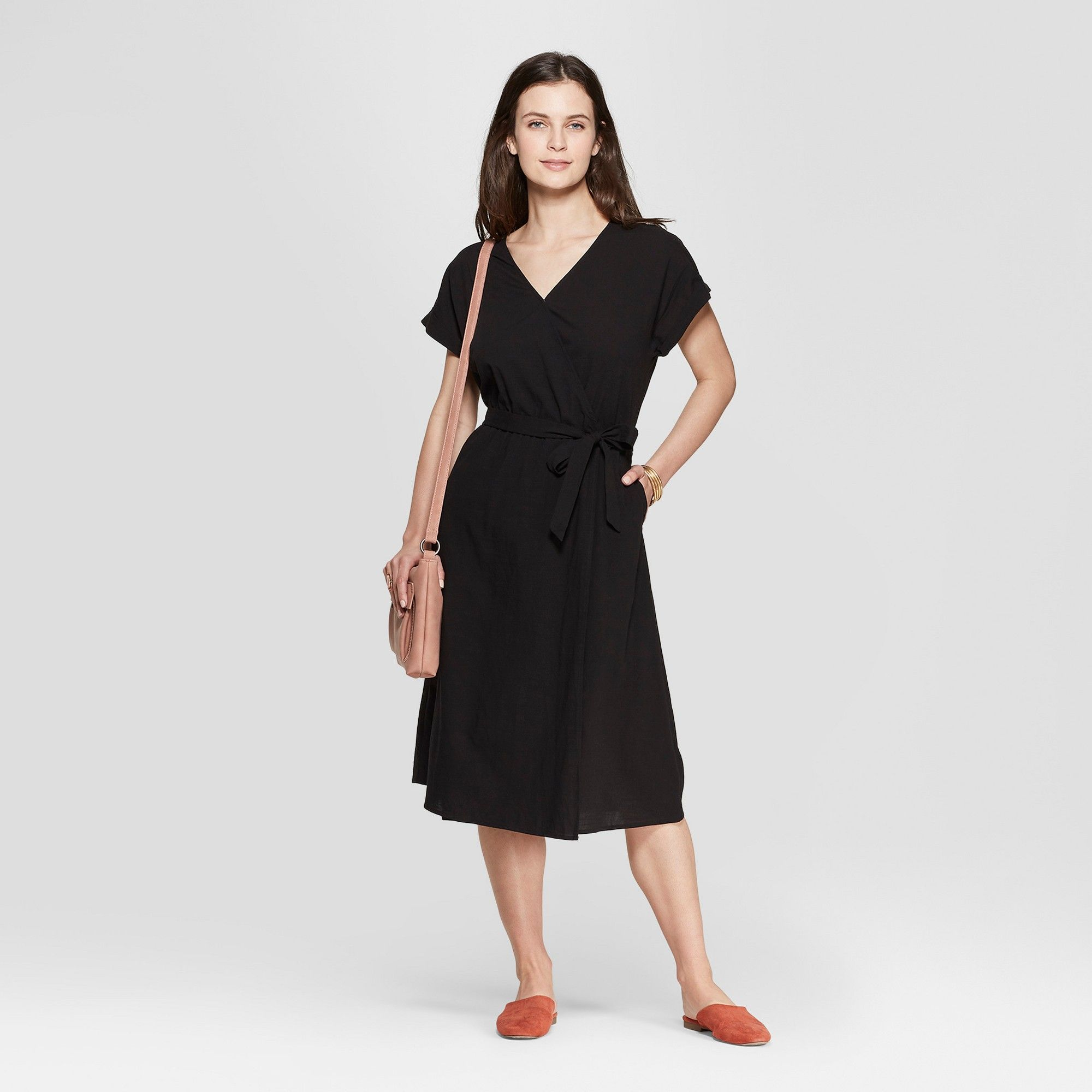 Women S Short Sleeve V Neck Midi Dress Universal Thread Black Xs V Neck Midi Dress Womens Shorts Midi Dress [ 2000 x 2000 Pixel ]