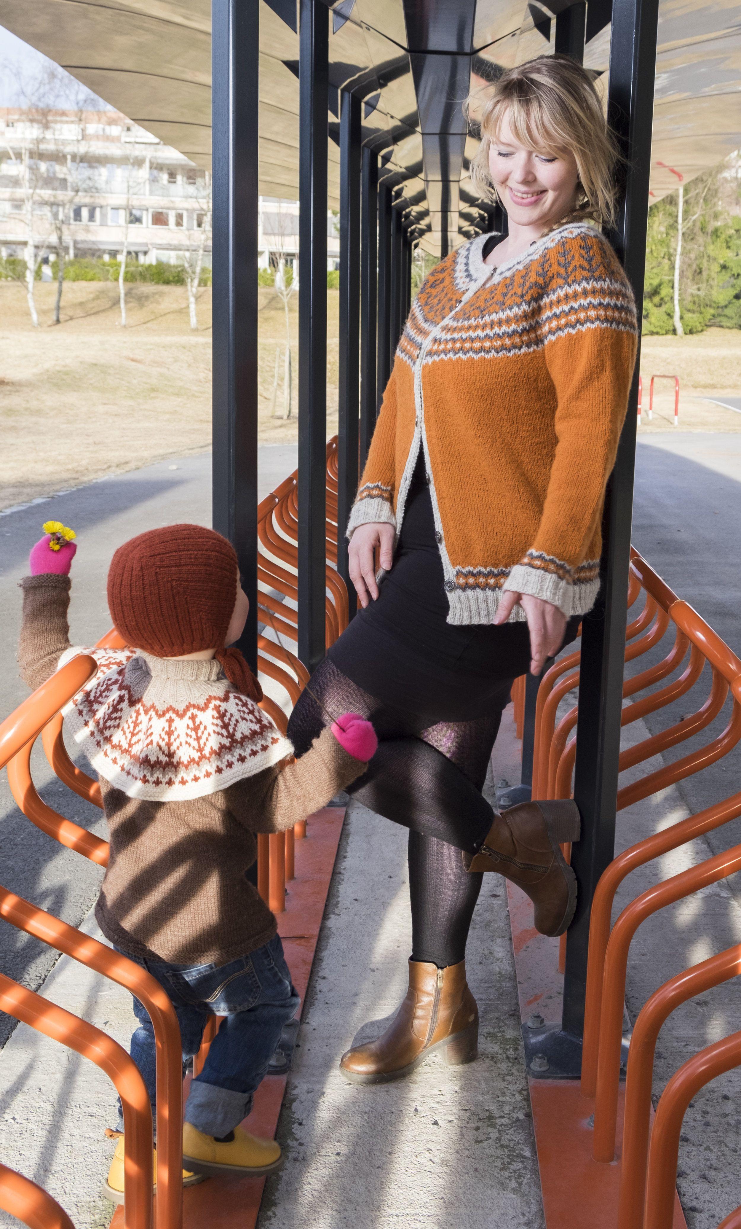 b81f06644 Emblas Mammajakke | Voksen genser og jakker | Jakker, Garn og Gensere