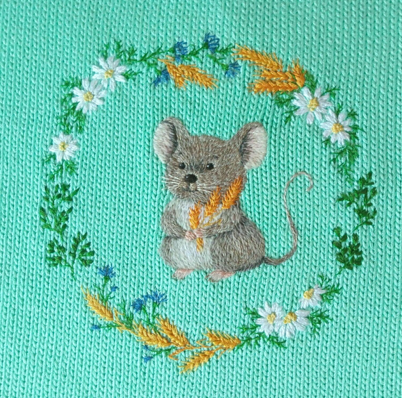 одежда унисекс ручной работы футболка мышонок вышивка вязание