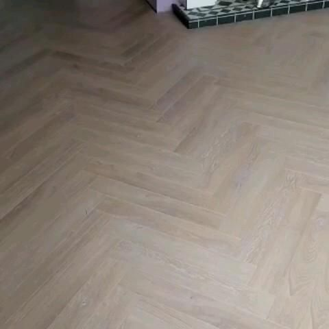 Dessert Grey Herringbone floor is a beautiful floor with it's unique design and grey colour and texture it's definitely one to look at. Ideal for any home. Available from our Showrooms in Tramore and Clonmel and online