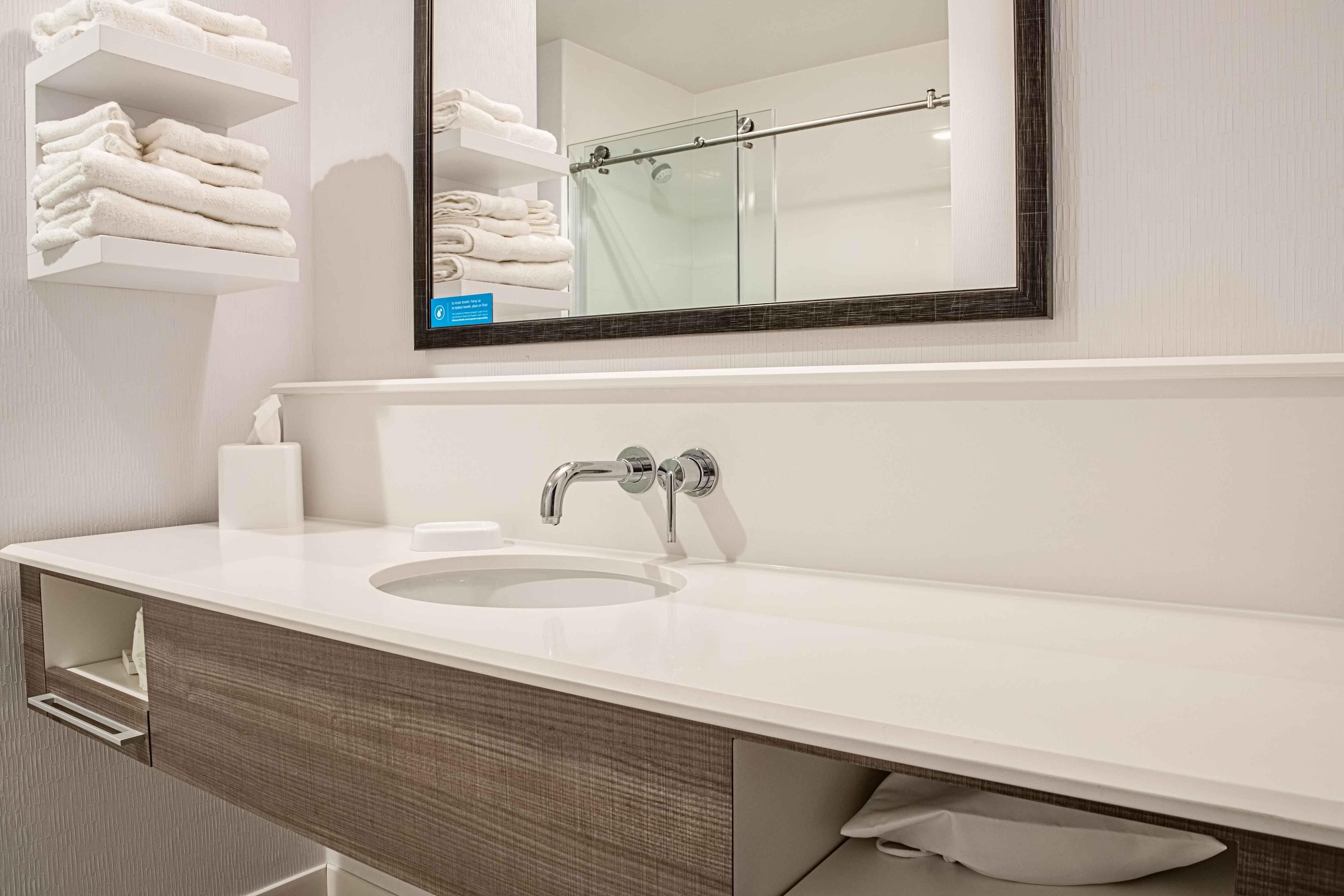 Hampton inn pontiac creation hospitality custom vanity