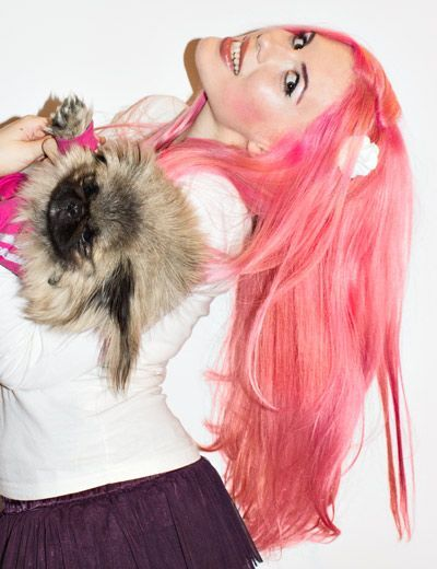 What's cuter, the stunning colour or the sweet Pekingese? #manicpanic #prettyflamingo #pinkhair #dyedhair #dyedhairdontcare