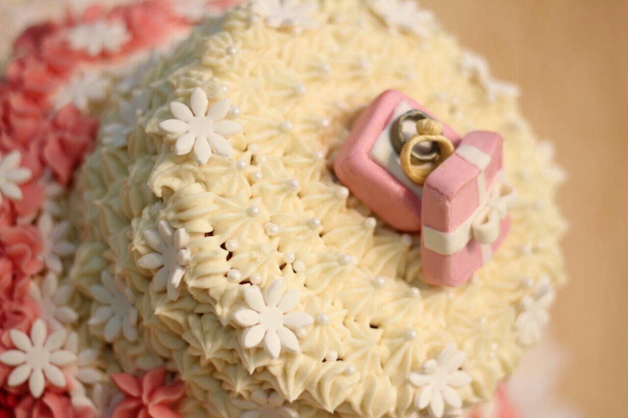 مساء الورد جميل سعيد كبك كيك هدية تجاره هدايا توصيل بسكويت كرسبي شوكولا شوكولاته Kuwait Gulf Road Biscuit Chocolate Cho Cake Sweets Desserts