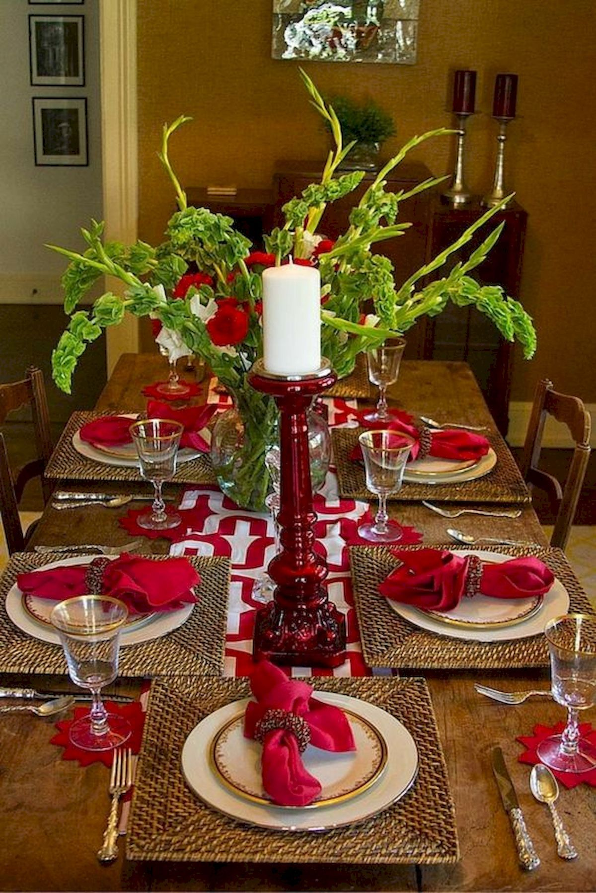 50 Stunning Christmas Table Dining Rooms Ideas Decorations ...