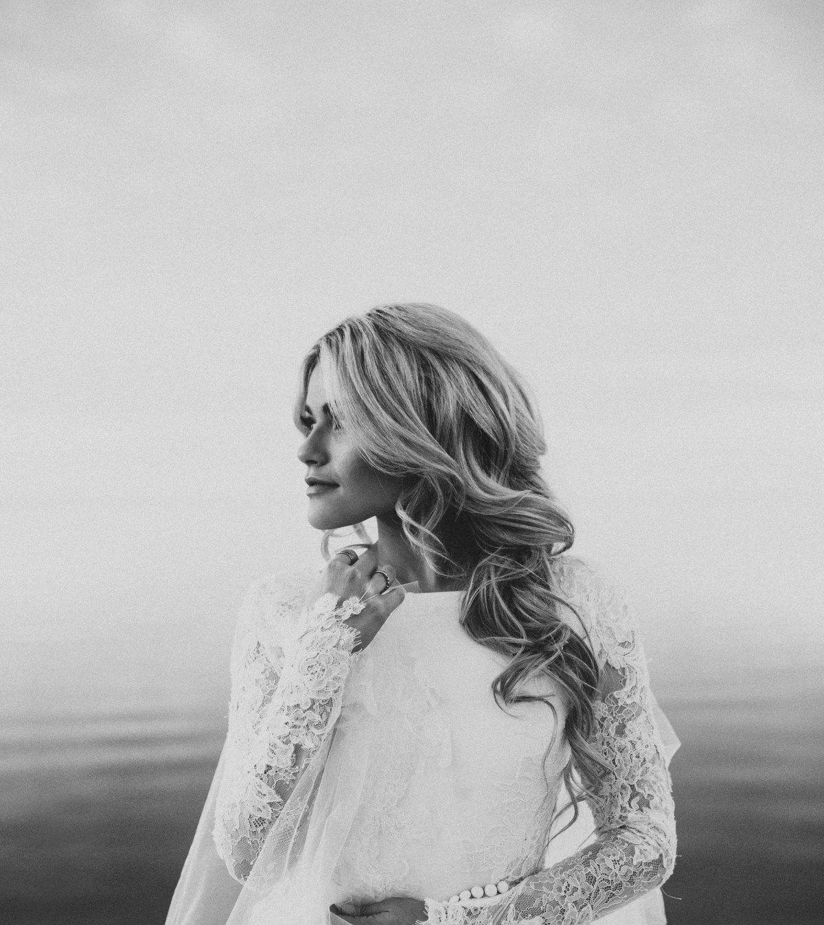 Whitney Carson Wedding Hair Style: Witney + Carson Winter Lake Bridals