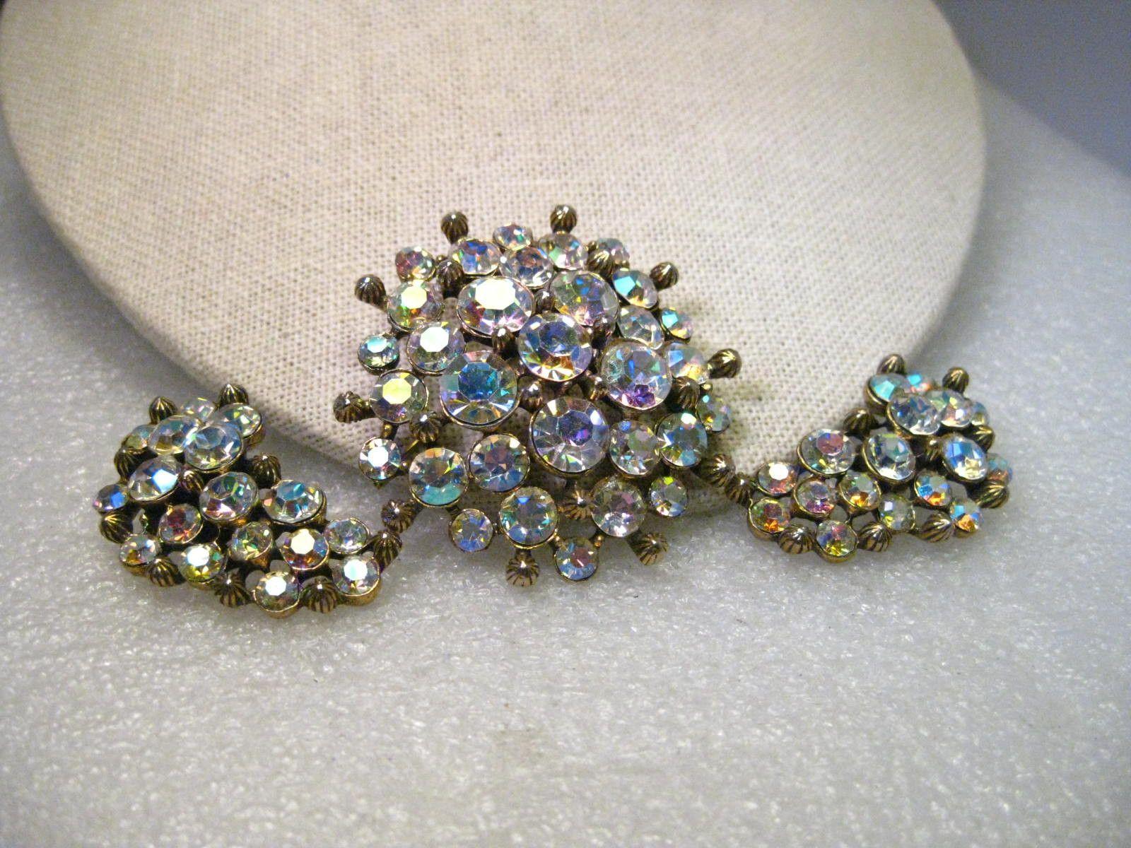 Clip Earrings Vintage Jewelry Set with Rhinestones Brooch Gold Tone Aurora-borealis