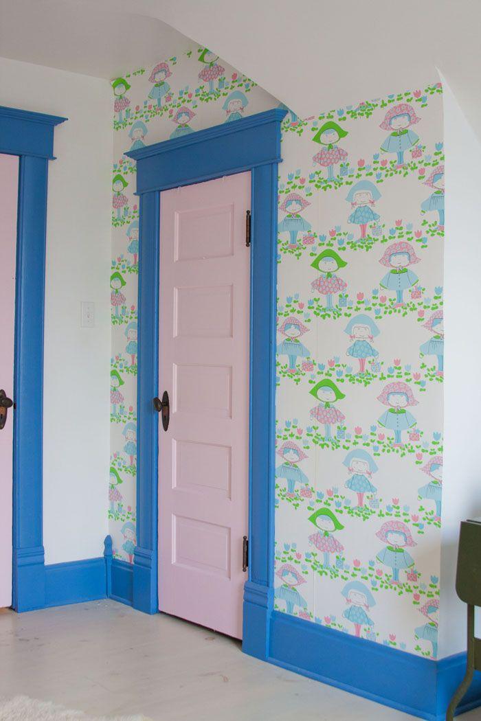 Delicieux Hanging Vintage Little Girl Wallpaper Painted Wood Trim 2 Pink Door