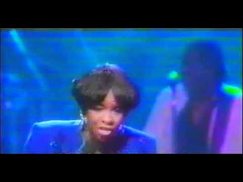 Gladys Knight End Of The Road Medley Live Gladys Knight Rhythm And Blues Knight