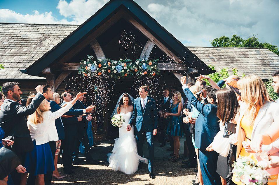 Sandhole Oak Barn Wedding Venue Confetti Couple