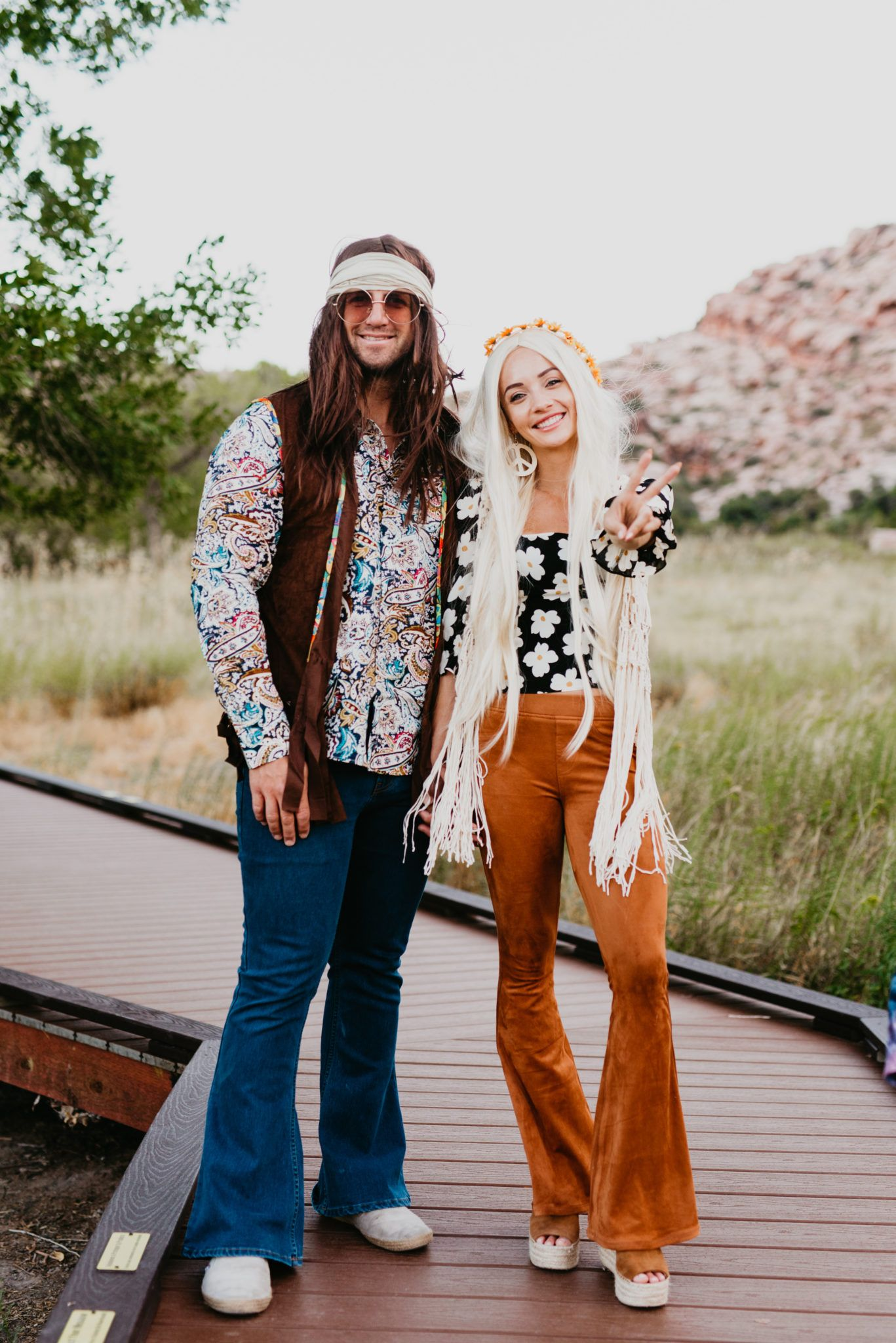 Diy Hippie Costume Ideas For Halloween Outfits Outings Hippie Halloween Costumes Diy Hippie Costume Halloween Hippie Costume Diy