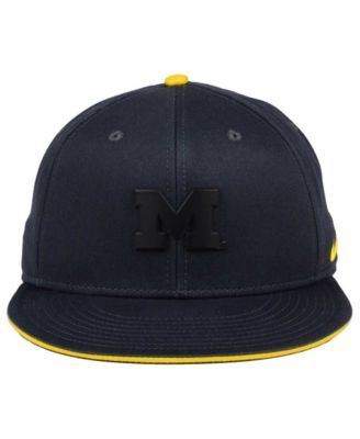 size 40 1d85a ac4a9 Nike Michigan Wolverines Col Energy True Snapback Cap - Black Adjustable