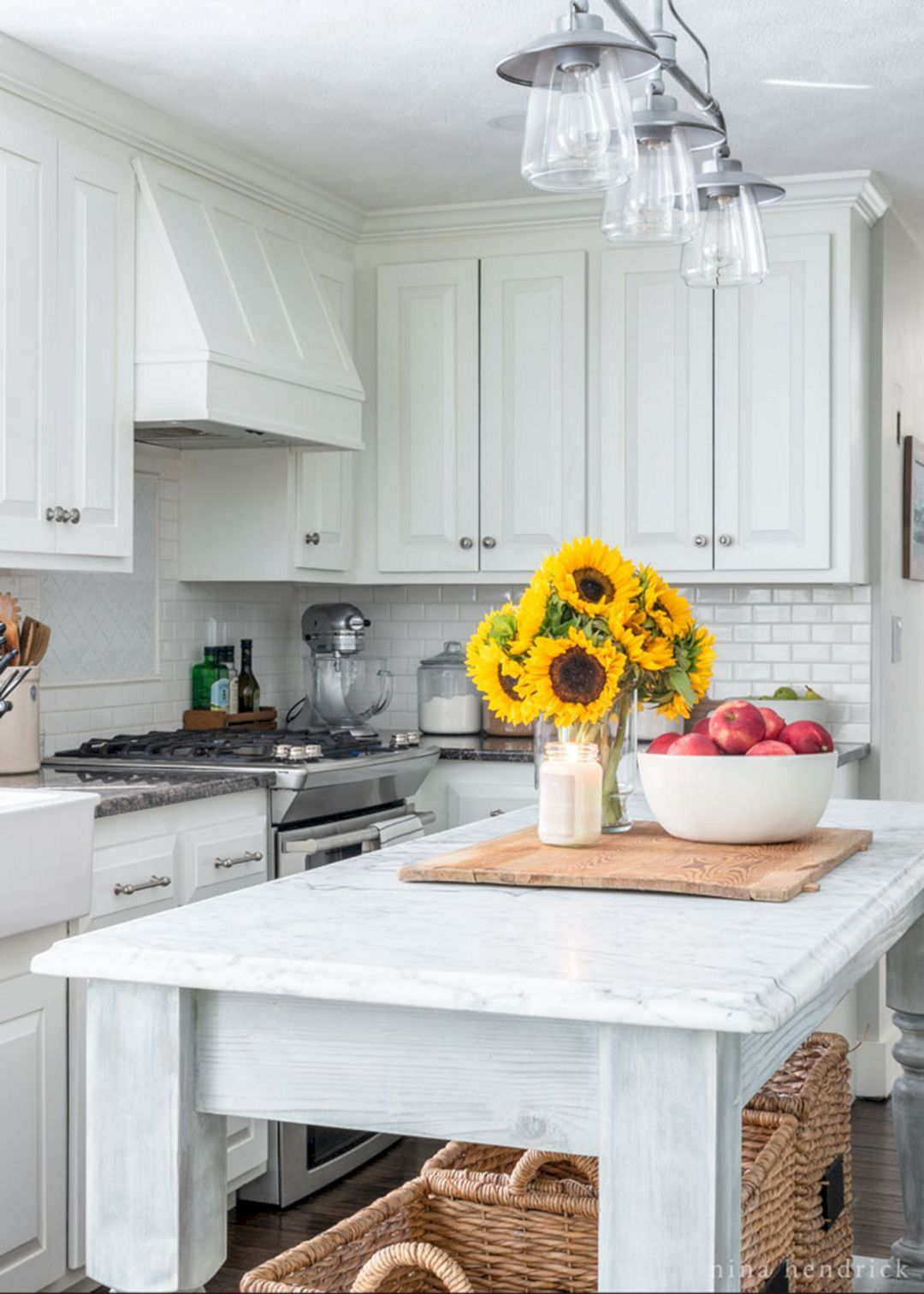 15 Impressive Fall Kitchen Decorating Ideas To Celebrate ...