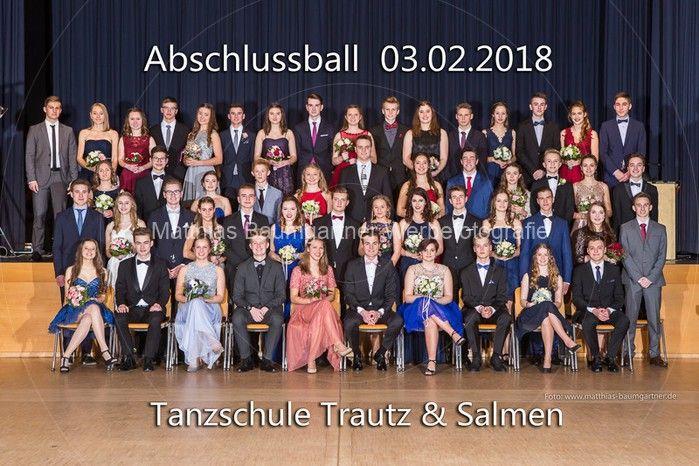 01 Gruppenfotos 4 Fotos Tanzkurs Abschlussball 2018 Matthias