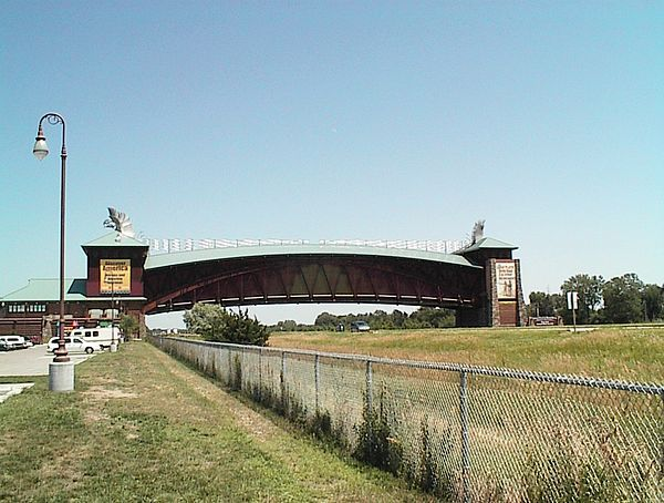 Platte Valley Auto >> The Great Platte River Road Archway Monument is a museum ...