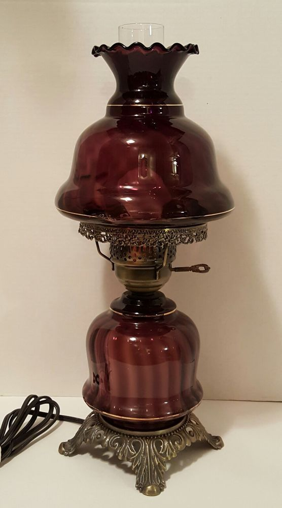 Fake These Are Made In China Taiwan Vintage Fenton Purple Amethyst Swirl Art Glass Lamp Be Utiful Ebay Lamp Art Glass Lamp Glass Art