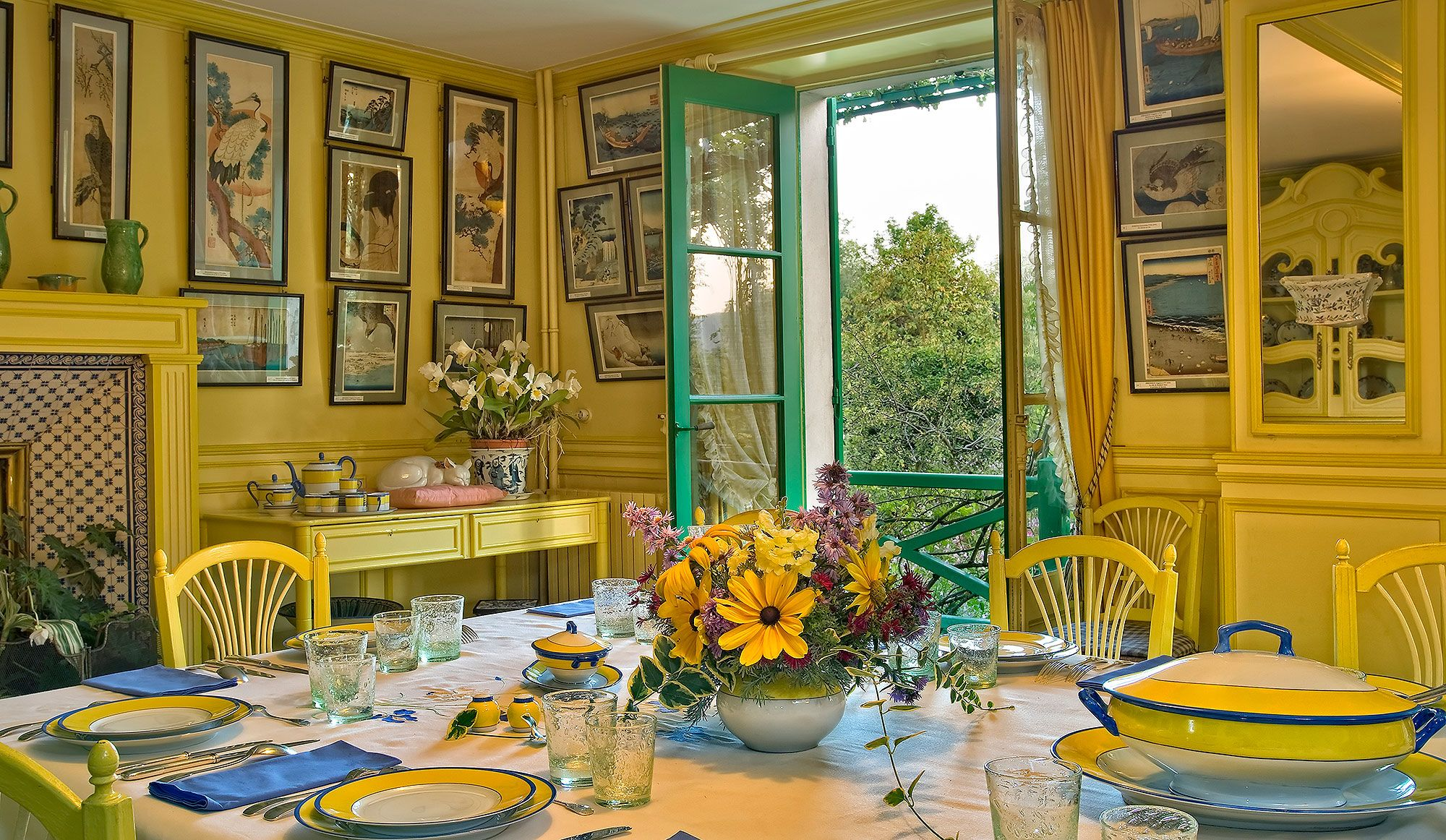 Photograph Of Monetu0027s Dining Room At Ginevry, After Recent Restoration.    Artists Life   Claude Monet   Pinterest   Monet, Claude Monet And Artist  Life