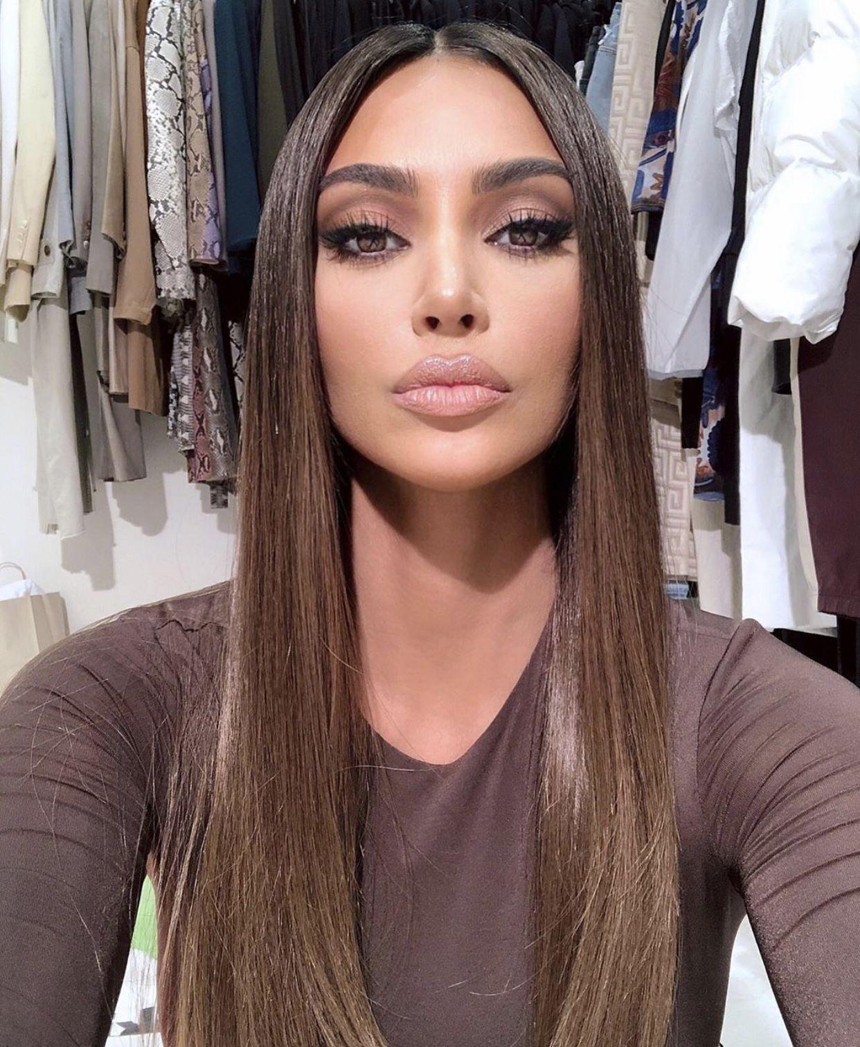 Cool chocolate brown | Kim kardashian hair, Kardashian ...