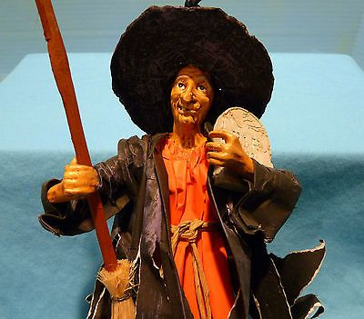 Halloween Paper & Resin Witch Great Face Very Detailed, Must See, Must Have!