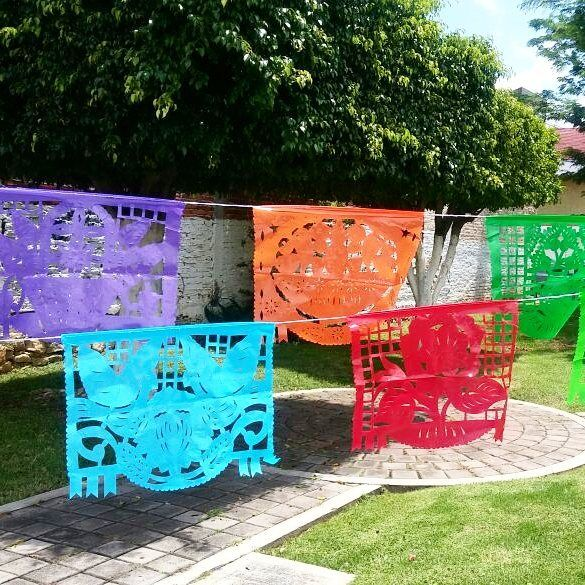 Papel picado banner to decor your mexican party fiesta #garden #fiesta #weddingplanner #weddingfavor #weddings #weddinginspo #papelpicado #papercut #mexicaparty #cincodemayo #quinceanera #paperbanner #decoration #farmstyle #gardenparty #birds #mexicanfolkart #bridalshower #dayofthedead #flowers