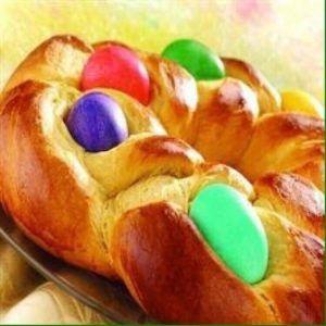 Marilyns Treats Easter Egg Bread Ring