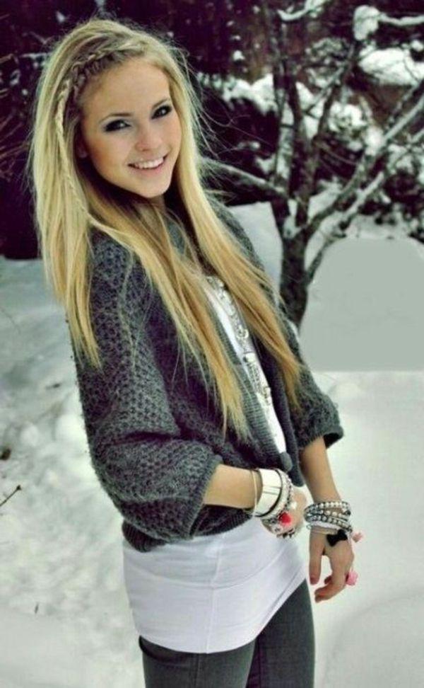 Einfache Frisur Fur Lange Haare Blond Und Glatt Mit Einem Zopf