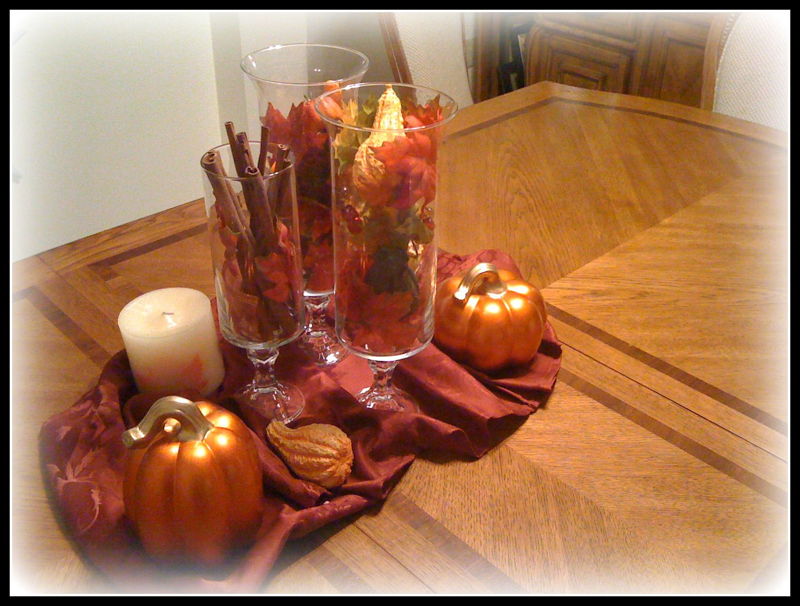 Superior Just Fill Vases With Cinnamon Sticks, Leaves, And Other Fall Things