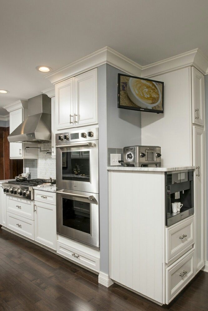 White Kemper Cabinets With Sub Zero, Wolf And Miele