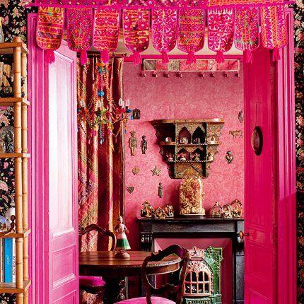 Un appartement Bollywood à Paris Boho decor, Salons and Stove