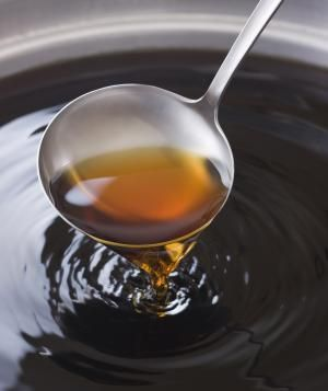 What's Up With Bone Broth, Anyway?
