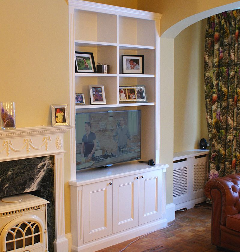 Traditional Alcove Bookcases And Radiator Covers
