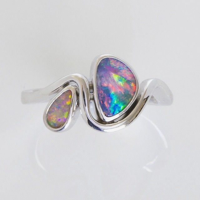 Here's a beautifully feminine custom order we completed this week. #lostseaopals #opal #lightningridge #gemstone #lucky #wishlist #ring #putaringonit #design #designer #jewellery #luxury #love #feminine