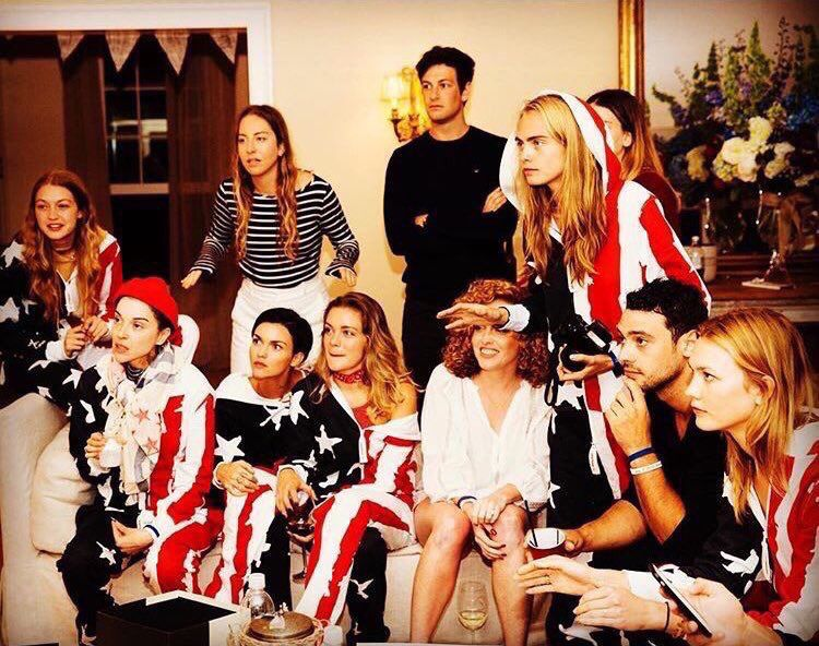 Tay S 4th Of July Party Taylor Swift Squad Taylor Swift Taylor Swoft