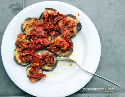 NESRiN`S KÜCHE: Aubergin-Mezze mit getrocknete Tomaten