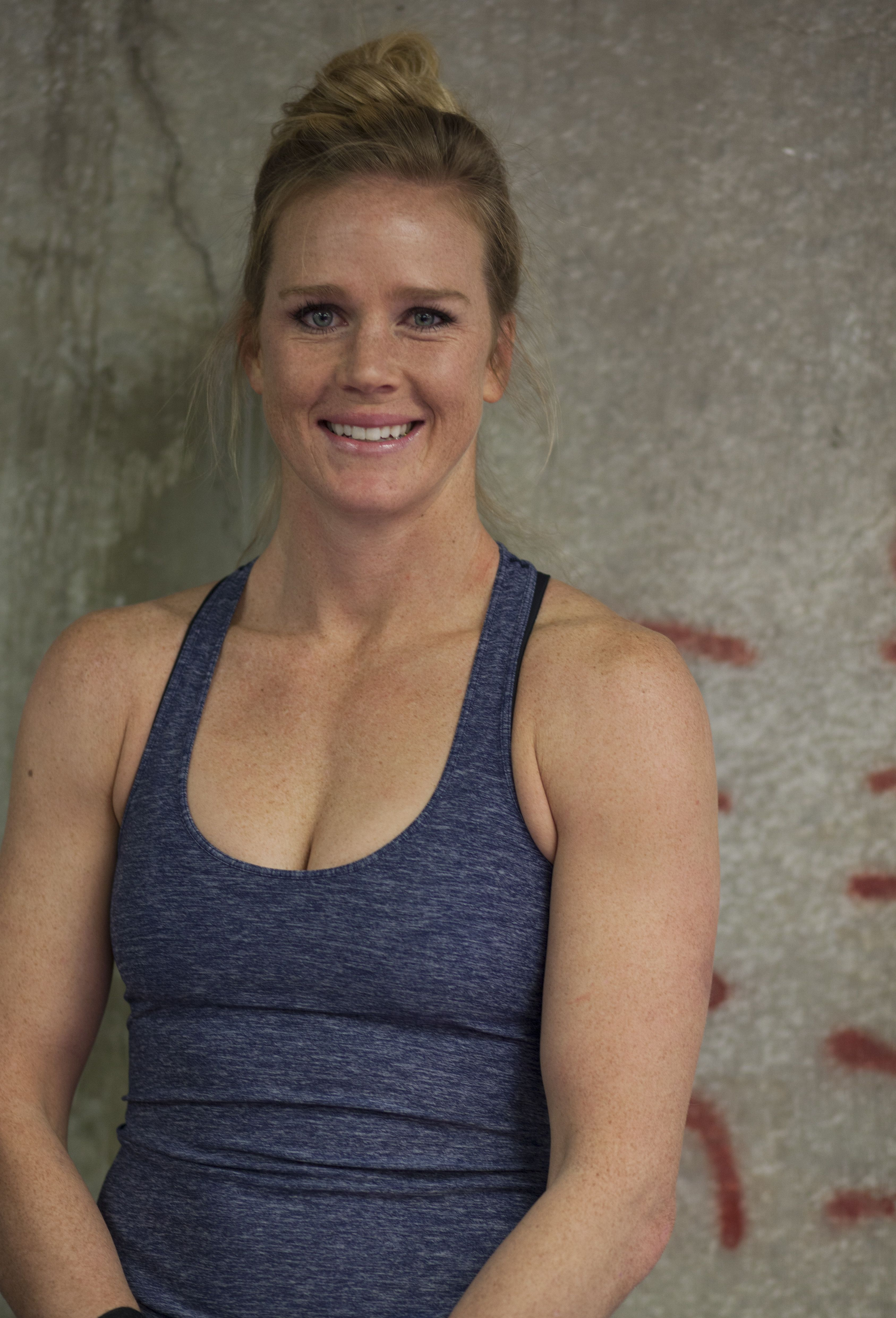 76b496e1a980 Holly Holm - professional boxer. | Holly Holm | Holly holm, Holly ...