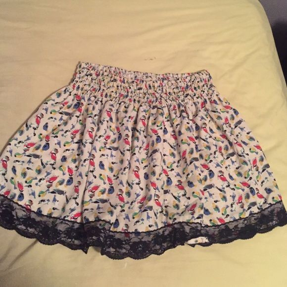 Printed Lace Skater Skirt! Cute skirt that cinches at waist and flares out at the bottom! Super cool lace detailing at the bottom makes this skirt edgy and cool. Gently used, in good condition. Forever 21 Skirts Circle & Skater